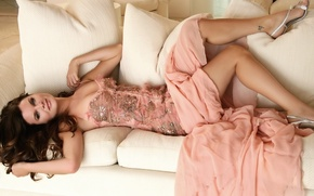 Picture sofa, pillow, dress