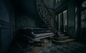 Picture ladder, piano, EXIT MUSIC
