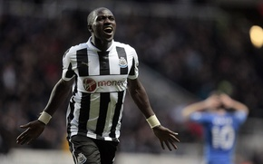 Picture football, Newcastle, Football, EPL, Barclays, Sissoko, Newcastle, Sissoko