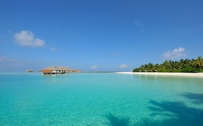 Picture clear water, island, The Maldives, white sand, Seychelles