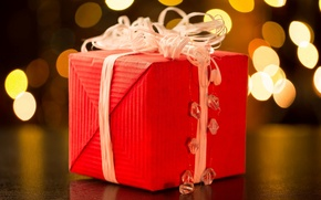 Wallpaper holiday, gift, widescreen, blur, HD wallpapers, Wallpaper, full screen, background, red, present, tape, widescreen, background, ...