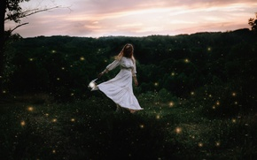 Picture girl, dress, flashlight, The Late Stars