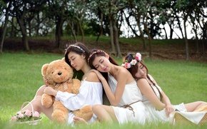 Picture girls, mood, bear, Asian girls