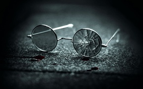 Wallpaper blood, chapter-27, broken glasses, Chapter 27