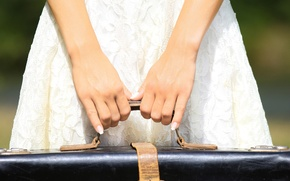 Picture girl, background, Wallpaper, mood, hands, dress, wallpaper, suitcase, girl, widescreen, background, trip, manicure, full screen, …