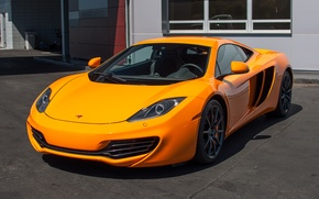 Picture McLaren, MP4-12C, orange