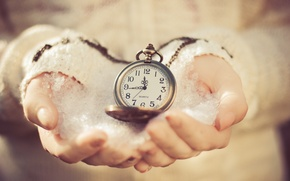 Picture cold, snow, time, watch, hands, dial