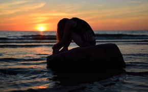 Picture sea, summer, girl, sunset, stone