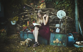 Picture girl, pose, book