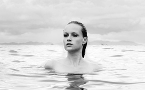 Picture girl, ocean, beauty