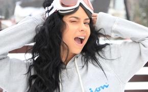 Picture Girl, Brunette, Singer, Inna, Winks, Ski mask