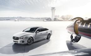 Picture Hangar, Plane, Jaguar XJ Ultimate
