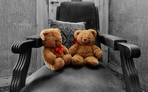 Picture toys, chair, bears
