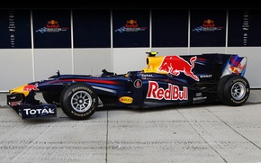 Picture Formula 1, Red Bull, RB6, The car, Mark Webber