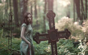 Picture girl, cross, cemetery, brown hair