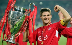 Picture happiness, medal, Cup, Liverpool, Liverpool, captain, glory, Steven Gerrard, Steven Gerrard, the winner, UEFA Champions …