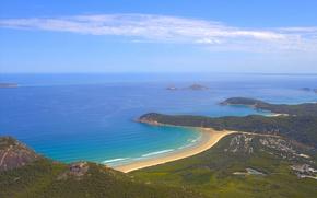 Picture the sky, the ocean, shore, Australia