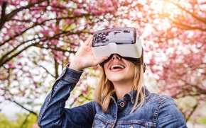 Picture woman, park, virtual reality