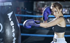 Picture girl, sport, training