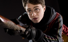 Picture look, glasses, gloves, Harry Potter, scar, Harry Potter, Quidditch, Daniel Radcliffe, on the broom