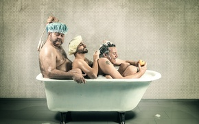 Picture bath, take, three men