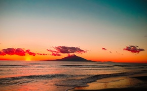 Picture sea, the sky, clouds, sunset, shore, mountain