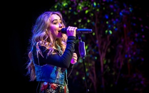 Picture actress, singer, The girl conquers the world, Sabrina Carpenter