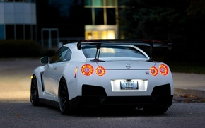 Picture white, the evening, R35, Nissan GTR, brake lights