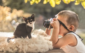 Picture boy, the camera, kitty, photoshoot