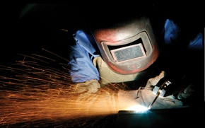 Picture sparks, personal protective equipment, welding, electrical arc, steel fabrication