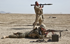 Picture soldiers, training, RPG-7