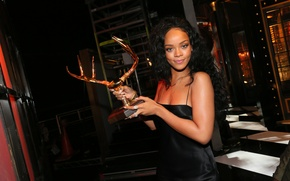 Picture beauty, singer, figurine, rihanna