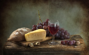 Picture wine, cheese, bread, grapes, walnut