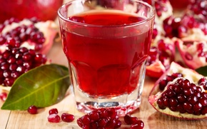 Picture grain, garnet, pomegranate juice