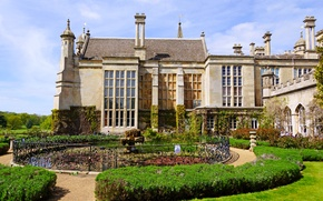 Picture lawn, England, fountain, architecture, the bushes, Palace, residence, Burghley House