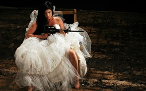 Picture girl, weapons, machine, the bride