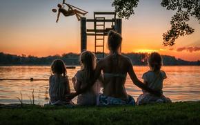Picture sunset, shore, girls, mom, Bye Bye summer