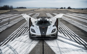 Picture supercar, one, koenigsegg