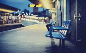 Picture the city, station, chairs