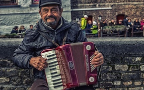 Picture street, musician, Acordeon