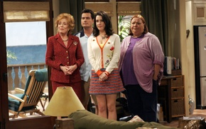 Picture the series, actors, characters, Rose, Charlie Sheen, Charlie Harper, Two and a half men, Two …