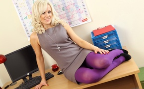 Picture computer, girl, table, dress, blonde, office, grey, Secretary, manicure, Syren Sexton