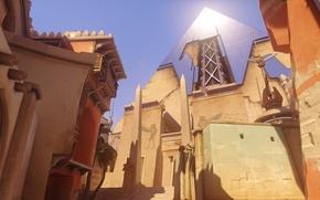 Picture home, pyramid, statue