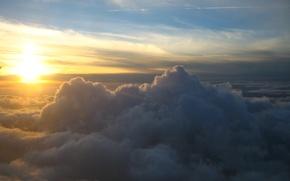 Picture the sky, the sun, clouds, sunrise