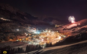 Picture winter, night, lights, view, home, fireworks
