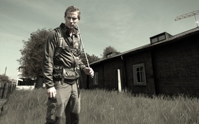 Picture Bear Grylls, Bear Grylls, To survive at any cost, DayZ