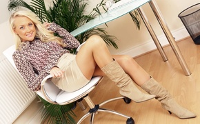Picture girl, skirt, boots, blouse, Lucy Anne Brooks
