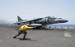 Picture In.With. Navy, USS Boxer (LHD 4), AV-8B Harrier II, Flight ops