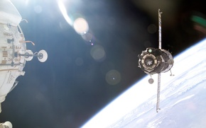 Picture space, Earth, docking with the ISS
