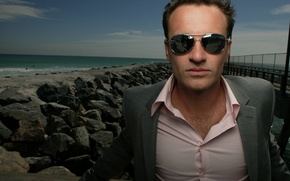Picture sea, stones, Julian McMahon